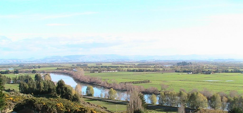View of the Clutha River from the hill above Kaitangata