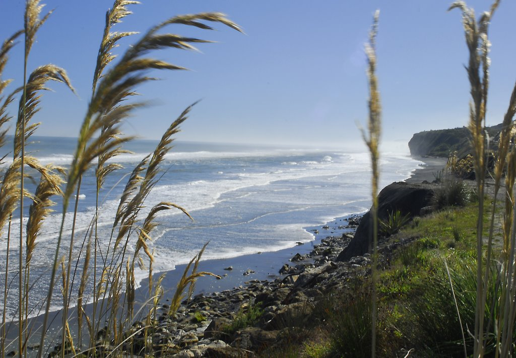 The coast just north of Greymouth TravelEssence