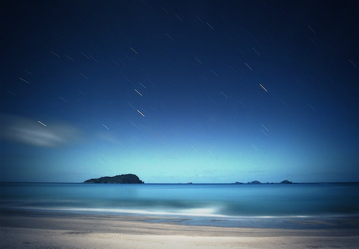 Pauanui Beach at night