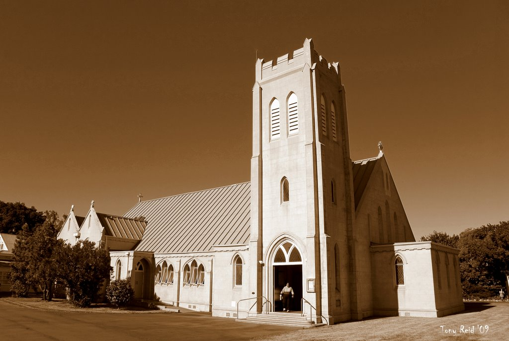 St John The Baptist Anglican Church  by Tony Reid
