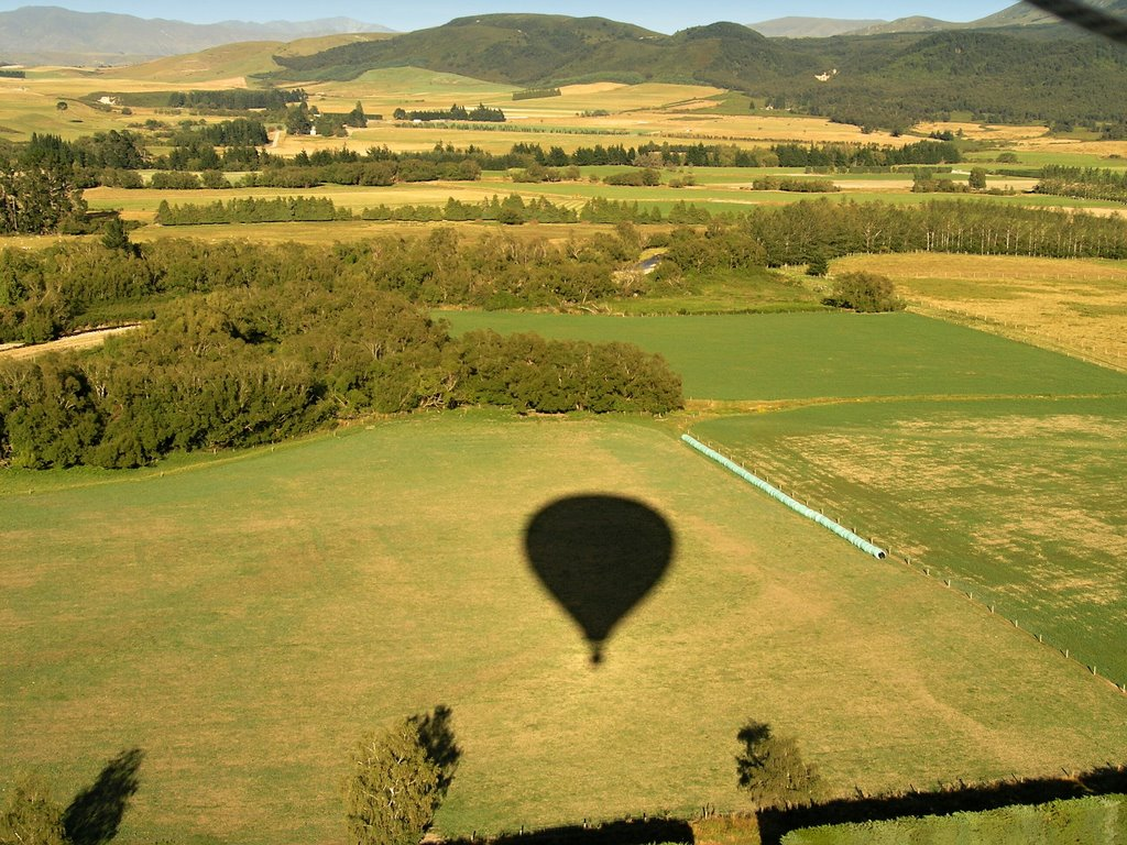 Methven hot air ballooning over Canterbury plains