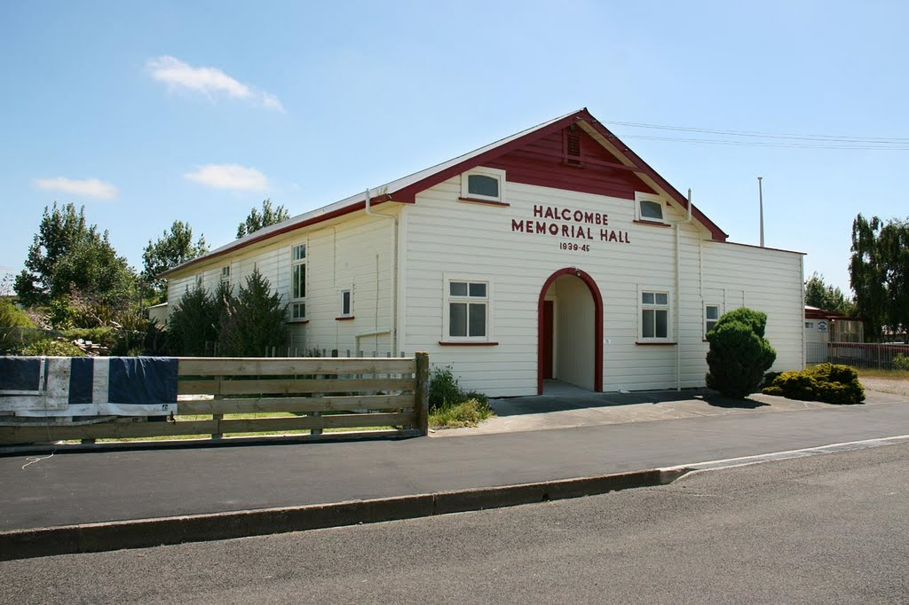 Halcombe Memorial Hall