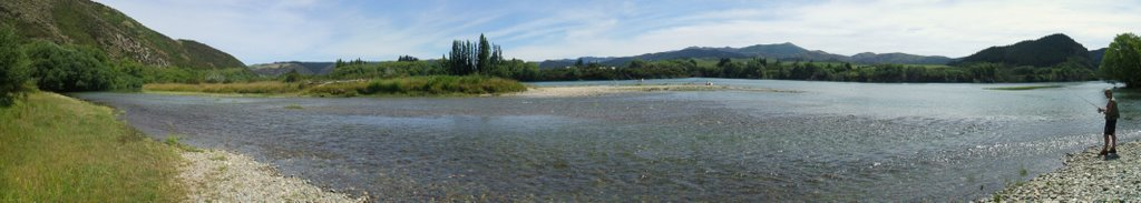 Clutha River, Mouth of Andys Creek, Beaumont.